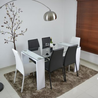 Compra comedor milan 6 puestos blanco sillas 4 negro 2 - Comedores bonitos y modernos ...